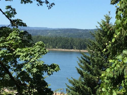 Columbia River View Lot : Corbett : Multnomah County : Oregon