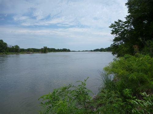 Hwy 92 Platte River Lot : Clarks : Merrick County : Nebraska