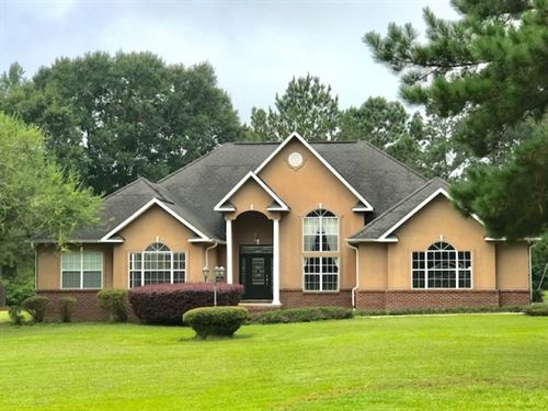 4 Br Executive Home In North Pike S : Summit : Pike County : Mississippi