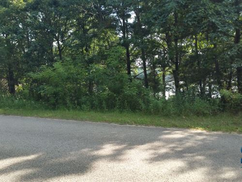 Buildable Parker Lake Lot : Oxford : Adams County : Wisconsin