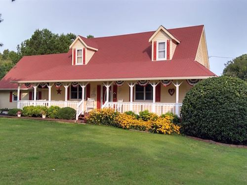 Incredible Country Home : Cedar Grove : Carroll County : Tennessee