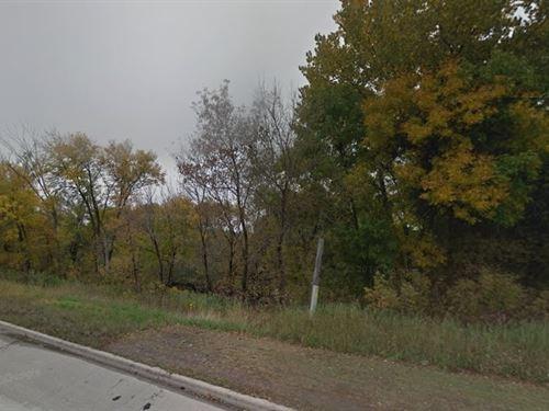 .11 Acres- Lake Crystal, Mn 56055 : Lake Crystal : Blue Earth County : Minnesota