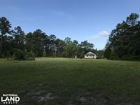 Country Cottage And Bungalow : Ivanhoe : Bladen County : North Carolina