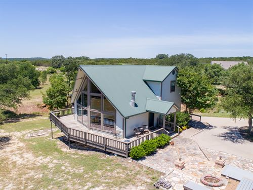 Beautiful Home In Mt. Lakes : Bluff Dale : Erath County : Texas