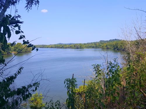 Great Waterfront Lot : Lebanon : Wilson County : Tennessee
