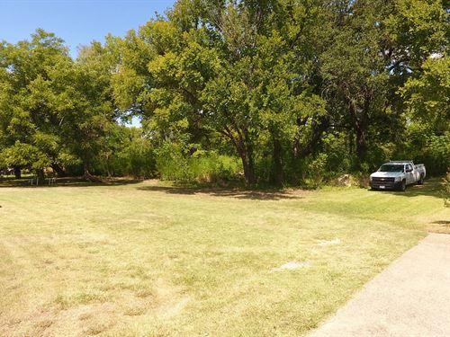 Lot For Sale In Beachwood, Waco, Tx : Waco : McLennan County : Texas