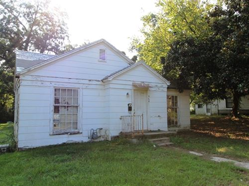 Auction In-Town Home : Paris : Lamar County : Texas
