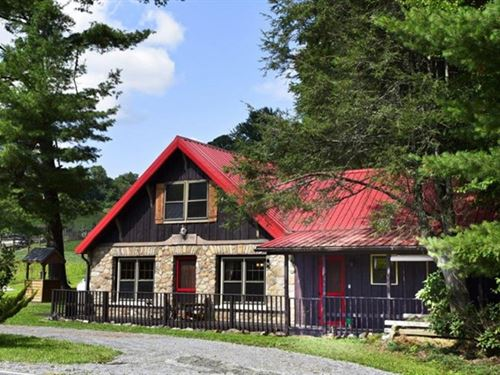 Historic Mountain Cottage : Mouth Of Wilson : Grayson County : Virginia