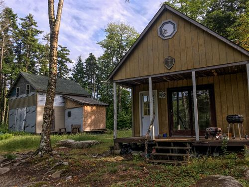 Trails End Lakefront Getaway : Lincoln : Penobscot County : Maine