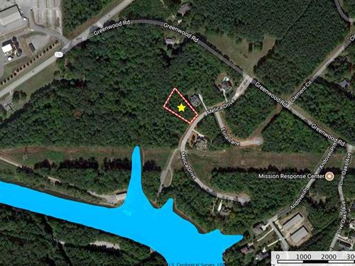 .71 Ac Lot in Gated Subdivision : Terrell : Catawba County : North Carolina
