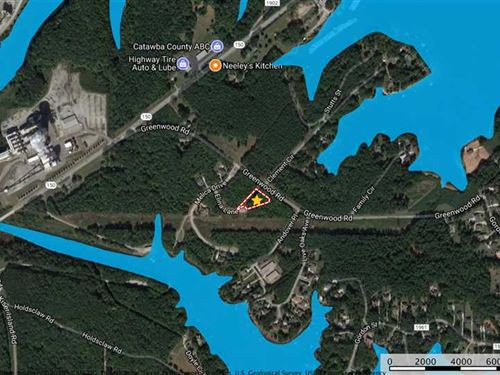 Almost 1 Ac Lot in Gated Subdivisi : Terrell : Catawba County : North Carolina