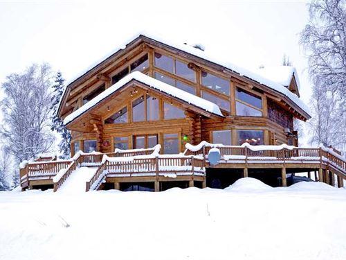 Custom Luxury Log Home on Big Lake : Big Lake : Matanuska-Susitna Borough : Alaska