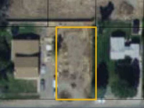 Vacant Lot in Great Location in Co : Cody : Park County : Wyoming