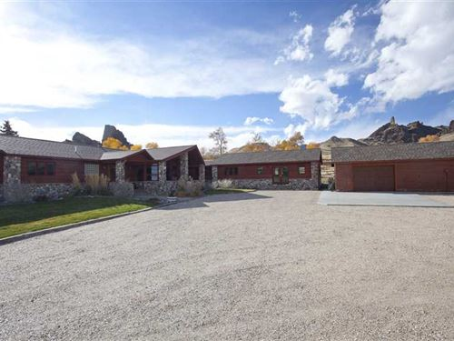 Three Bedroom, Three Bath Home in : Cody : Park County : Wyoming