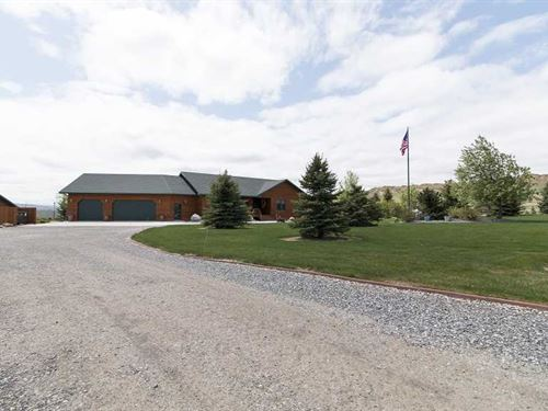 Four Bedroom, Four Bath Home on 4 : Cody : Park County : Wyoming