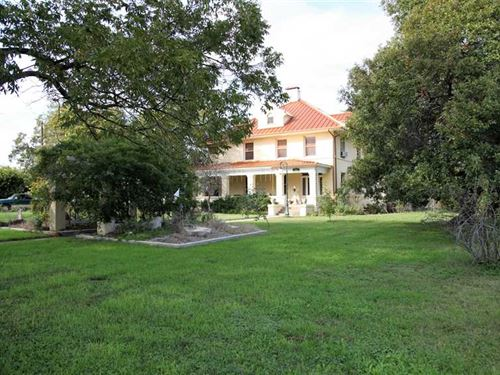 Historical Estate Price Reduction : San Saba : Texas