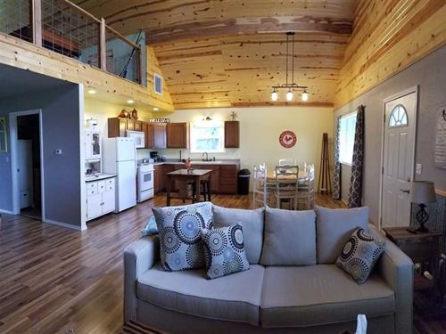 Charming Home in Myrtle, MO in Ore : Myrtle : Oregon County : Missouri