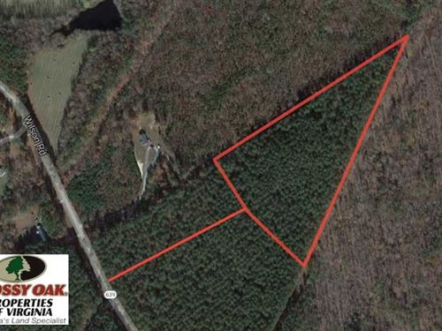 8.84 Acres of Residential Land For : Blackstone : Dinwiddie County : Virginia