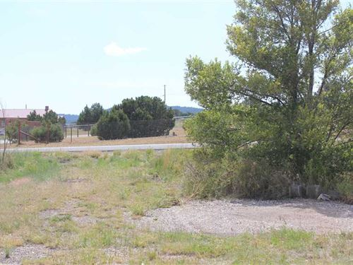 Commercial Vacant Lot With I-40 fr : Tijeras : Bernalillo County : New Mexico