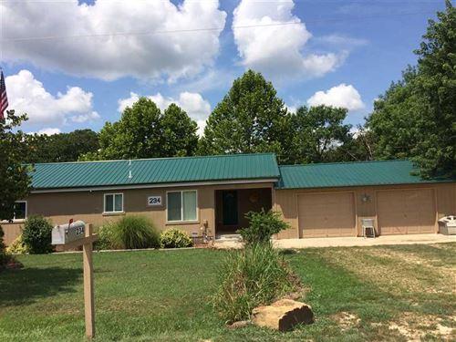 Beautiful Lake Home For Sale In Wo : Toronto : Woodson County : Kansas