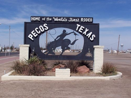 Level Lot On Cr 414 & I-20 : Pecos : Reeves County : Texas