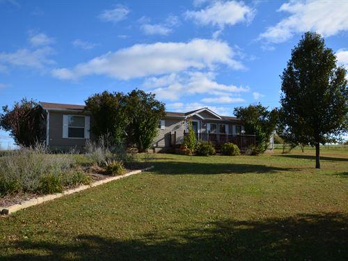 Cross Roads Farm : Tonganoxie : Leavenworth County : Kansas