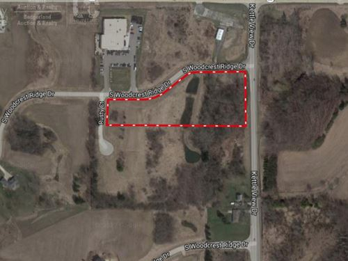 West Bend Buildable Lot 1 : West Bend : Washington County : Wisconsin