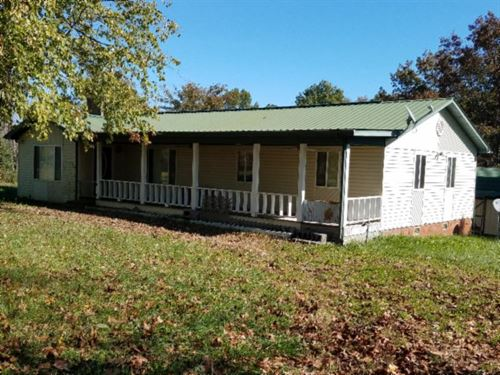 2Ac W/Hm, Amish Barn, Creek, Countr : Clarkrange : Fentress County : Tennessee