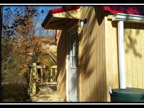 Wayne National Off Grid Retreat : Oak Hill : Jackson County : Ohio