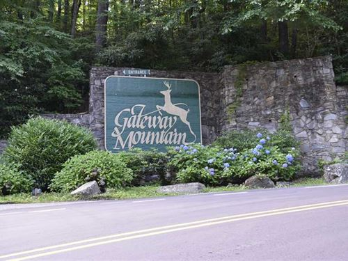 Long Range View Lot On Gateway Mou : Old Fort : McDowell County : North Carolina