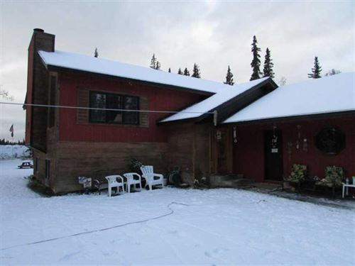 Huge 4 Bed 3 Bath Home With Sunken : N. Kenai : Kenai Peninsula Borough : Alaska