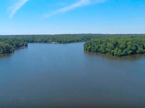 Gated Community On Indian Lake : Cedar Grove : Carroll County : Tennessee
