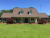 Beautiful Country Estate On 8.5 Acr : Osyka : Pike County : Mississippi
