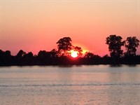 Beautiful Waterfront On Lake Mary : Woodville : Wilkinson County : Mississippi