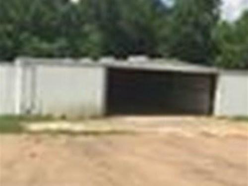 Versatile Comm Space Prime Location : Natchez : Adams County : Mississippi