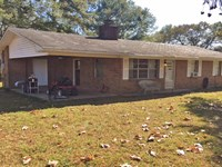 Pierce Road House And 20 Acres : Honoraville : Butler County : Alabama