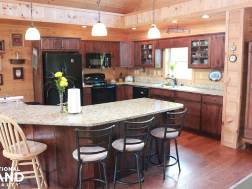 Log Home on 15 Acres : Huger : Berkeley County : South Carolina
