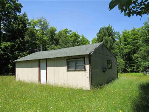 23319 Lower Skanee Rd 1105716 : Skanee : Baraga County : Michigan