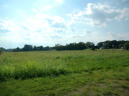 Excellent 1.0 Acre Commercial Lot : Clarksville : Montgomery County : Tennessee