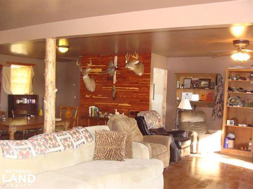 Cabin For Hunters Near Bayou Meto : Humphrey : Arkansas County : Arkansas