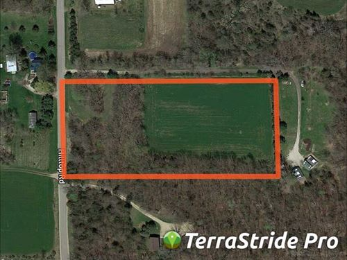5 ac Secluded Buildable Lot in Gre : Markesan : Green Lake County : Wisconsin