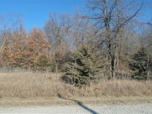 1.28 Acres M/L in Appanoose County : Centerville : Appanoose County : Iowa