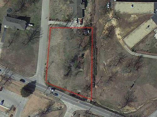 Large Corner Lot For Sale in Popla : Poplar Bluff : Butler County : Missouri