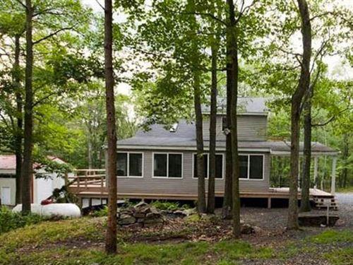 10+ Acres Recreational Paradise : Catawissa : Columbia County : Pennsylvania