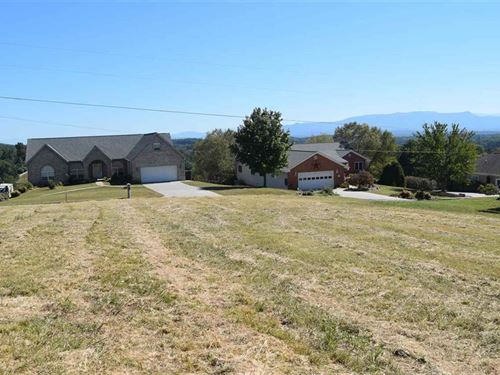 1/2 Acre Lot With Smoky Mtn Views : Dandridge : Jefferson County : Tennessee