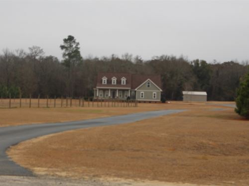 Beautiful Country Home With Acreage : Pinehurst : Dooly County : Georgia