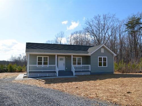 Brand New With Land Too : Farmville : Buckingham County : Virginia