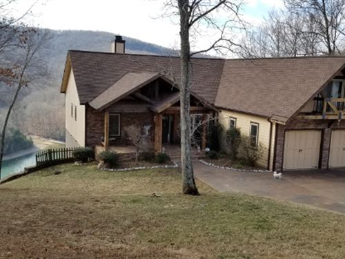 Luxury Custom Hm W/Lake & Mtn Views : Allons : Overton County : Tennessee