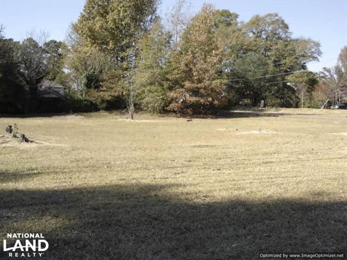 8 Ac. Commercial And Residential Pr : Winona : Montgomery County : Mississippi