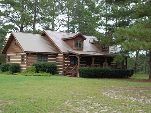 Beautiful Log Home on 18 Acres : Banks : Pike County : Alabama